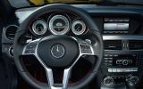 Mercedes-Benz C 250 Coupé dashboard