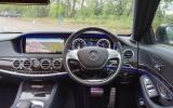 Mercedes-Benz S 300 dashboard