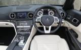 Mercedes-Benz SL 400 dashboard