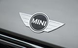 Mini bonnet badge