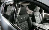 Mitsubishi L200 front seats
