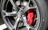 Nissan 370Z Nismo red brake calipers
