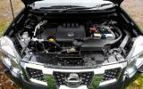Nissan X-Trail engine bay