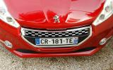 Peugeot 208 GTi front grille