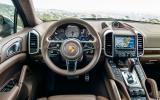 Porsche Cayenne S diesel dashboard