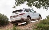 Porsche Cayenne S diesel rear climbing