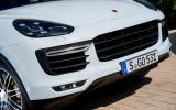 Porsche Cayenne Turbo front grille