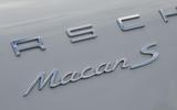 Porsche Macan badging
