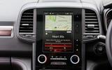 Renault Koleos R-Link2 infotainment system