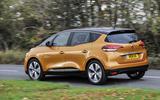 Renault Scenic rear cornering
