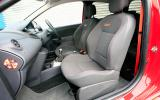 Renault Twingo RS 133 front seats