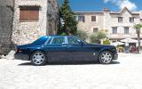 Rolls-Royce Phantom side profile