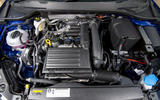 Seat Leon 5dr hatch engine bay