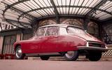 1955: Citroën DS