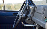 Renault 4 – dashboard-mounted shifter