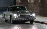Aston Martin DB5 - THE WORLD IS NOT ENOUGH (1999)