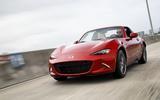 Mazda MX-5 Miata – 2332lb (1052kg)