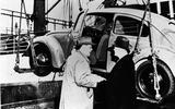 The Beetle arrives in America (1949)