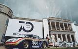 Porsche 911 GT1 Evo Mobil 1