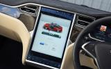 Tesla Model S P90D infotainment