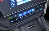 Toyota Auris climate controls