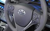 Toyota Auris steering wheel controls