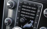 Volvo V60 D4 centre console