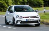 Volkswagen Golf GTI Clubsport S cornering