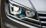 Volkswagen Touareg bi-xenon headlights