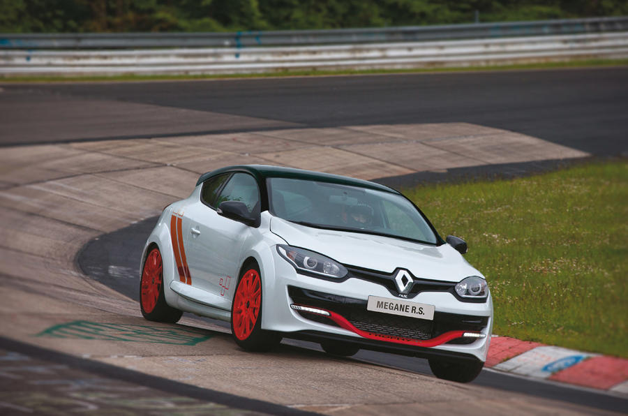 Renault unleashes track-focused Mégane Renaultsport 275 Trophy-R