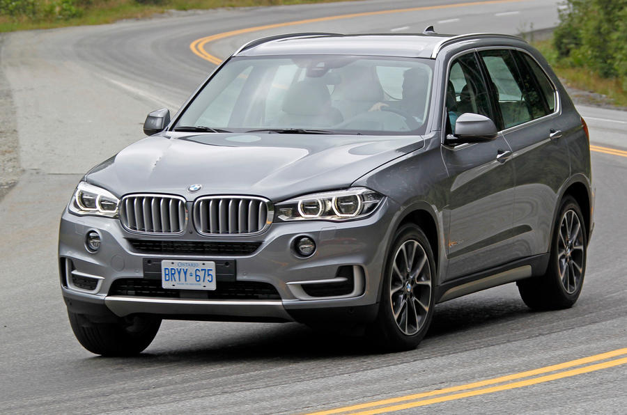 BMW X5 XDrive30d cornering