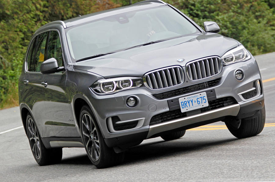 BMW X5 hard cornering