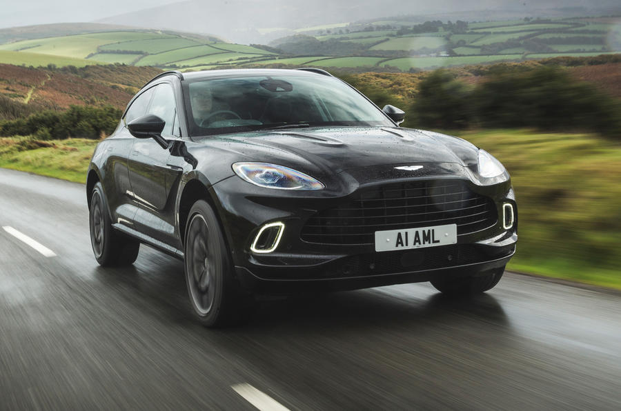 Examen de l'essai routier de l'Aston Martin DBX 2020 - le front des héros