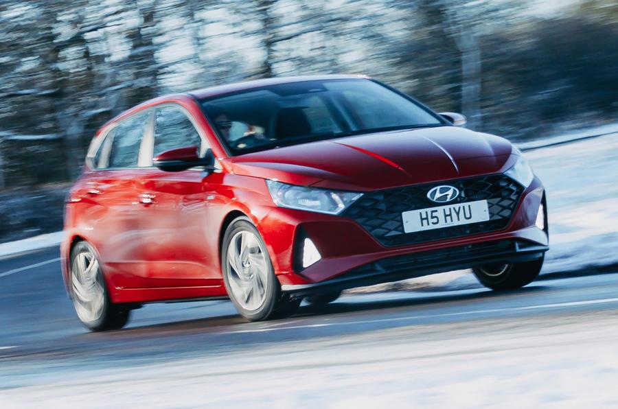 1 Hyundai i20 2021 revue de l'essai routier : le front des héros