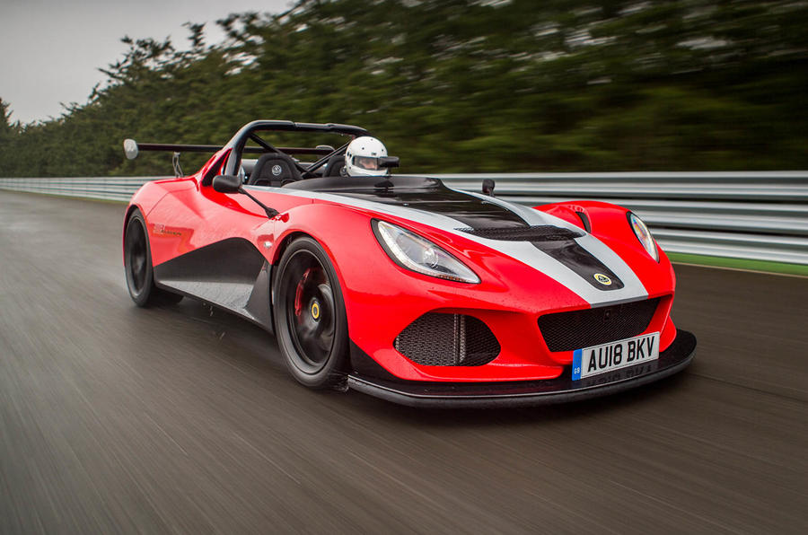 Lotus 3-Eleven 430 review on track front