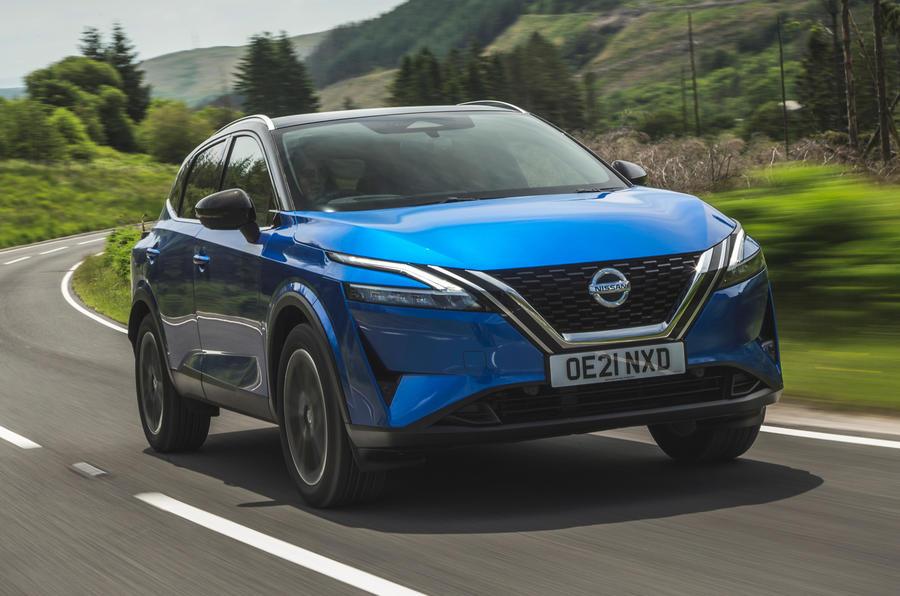 1 Nissan Qashqai 2021 RT hero avant