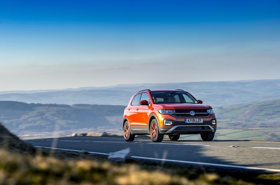 Revue de la Volkswagen T-Cross 2019 - le front des héros