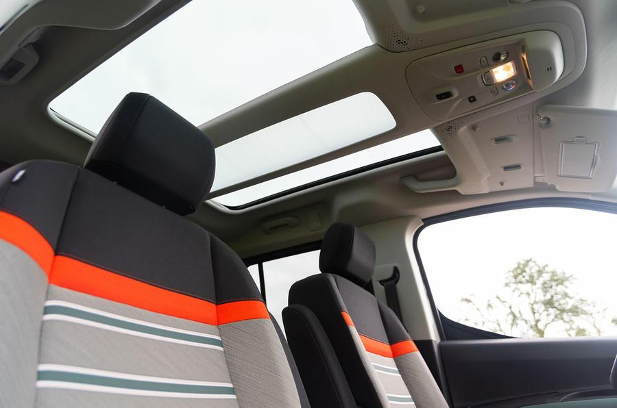 Citroen Berlingo 2018 road test review - cabin