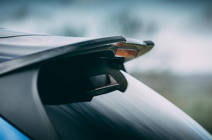 10 Ford Puma ST 2021 : essai routier, spoiler.
