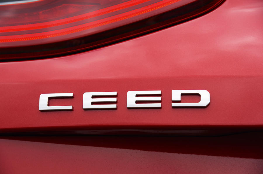 Kia Ceed 2018 road test review Ceed badge