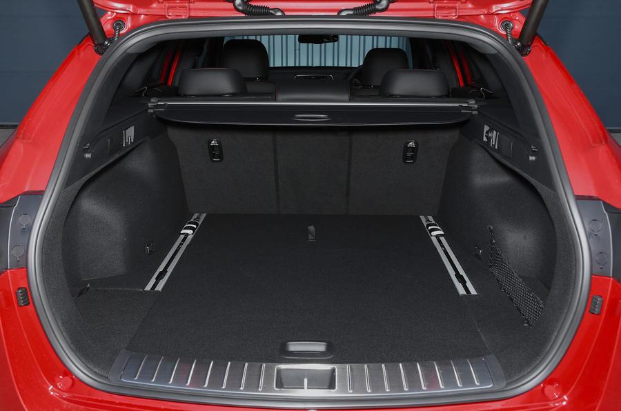 Kia Optima Sportswagon 2018 review - boot