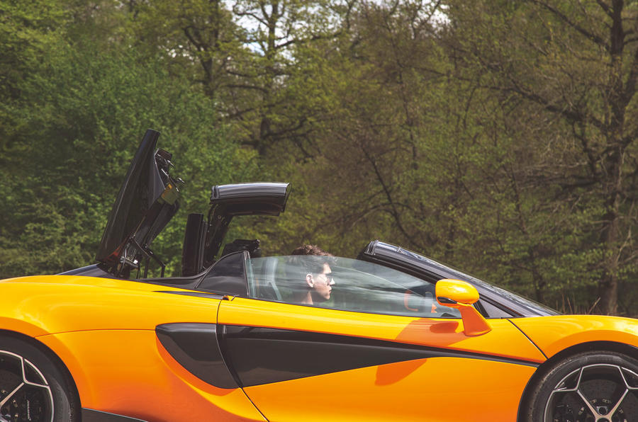 McLaren 600LT Spider 2019 road test review - roof fold