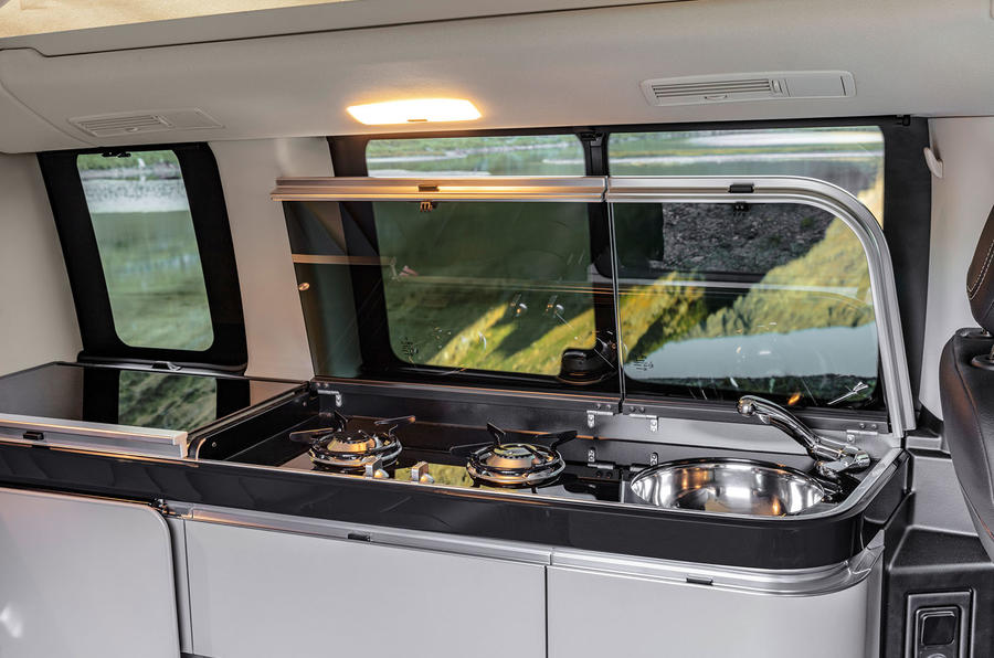 Mercedes-Benz Marco Polo 2019 road test review - kitchen