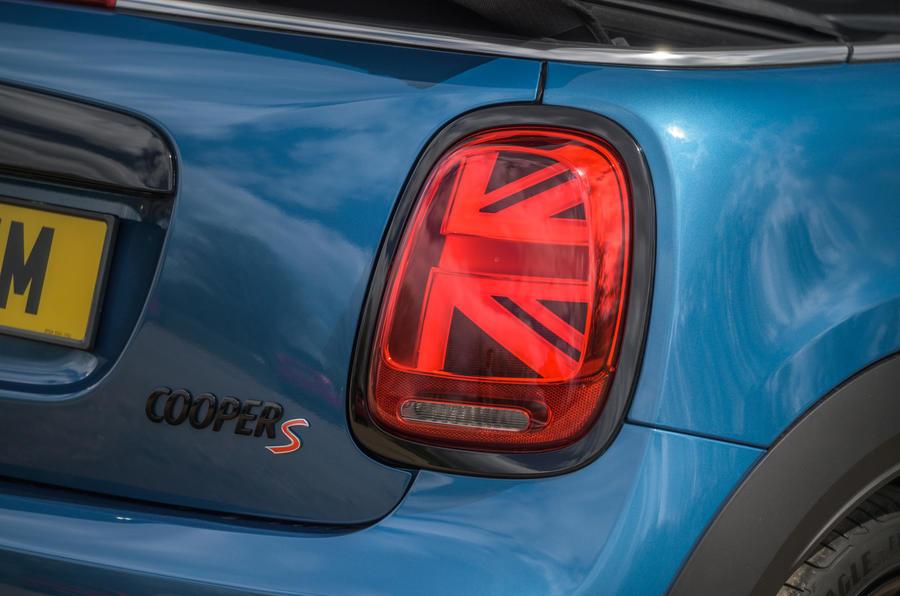 10 Feux arrière de la Mini Cabriolet 2021 RT