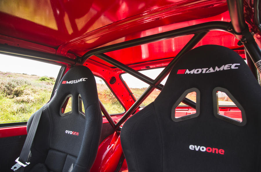 10 MST Mk2 2021 rt sièges