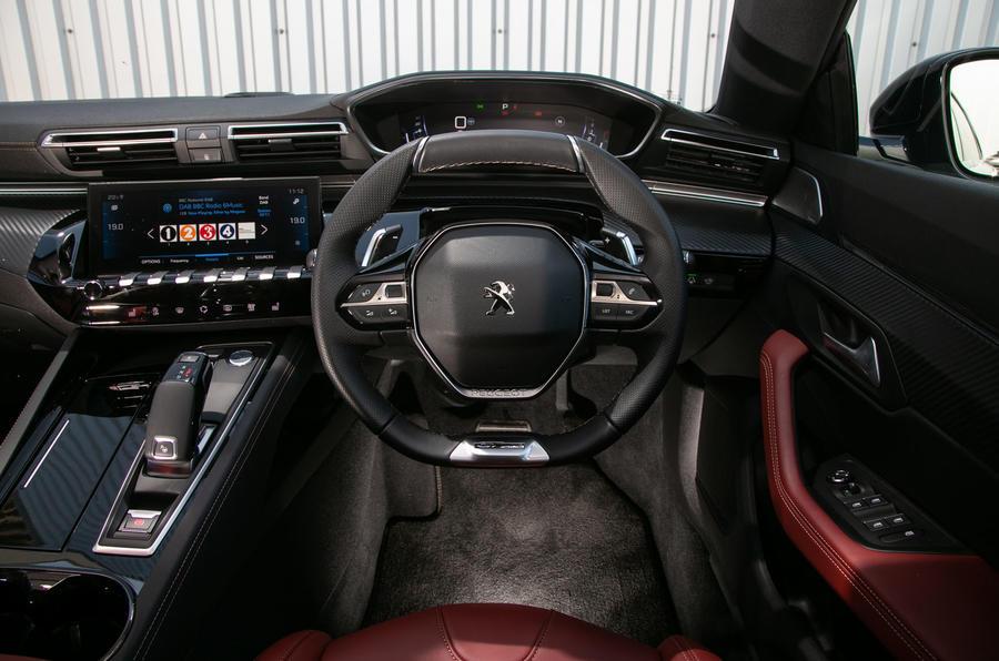 Peugeot 508 SW 2019 review - steering wheel