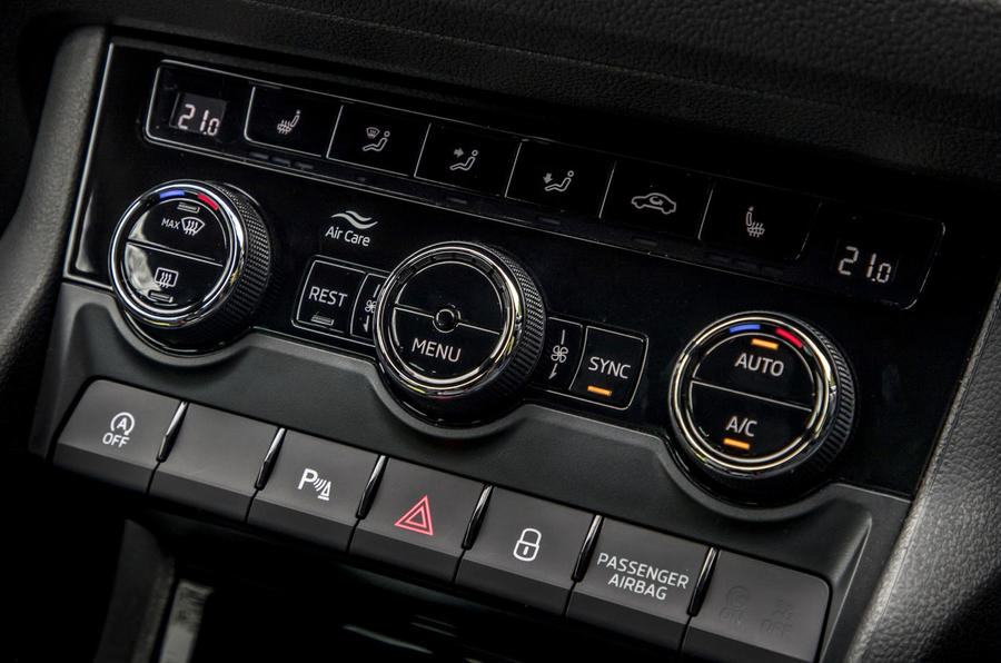 Skoda Kodiaq vRS 2019 road test review - climate controls