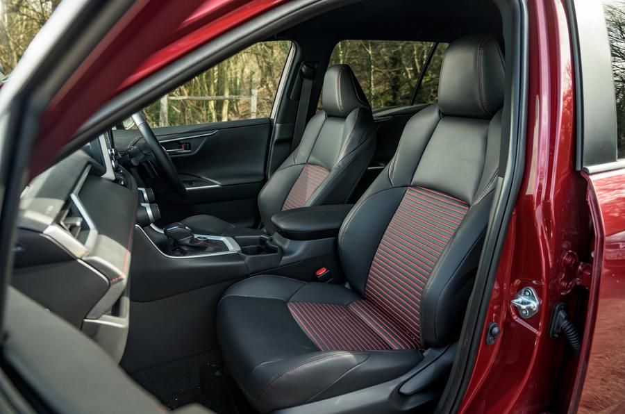10 Suzuki Across 2021 : essai routier de l'habitacle