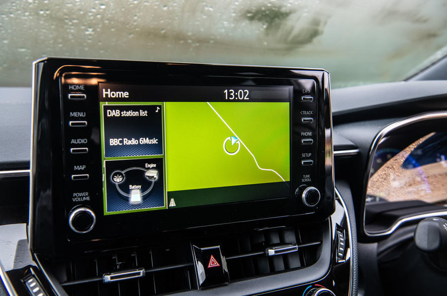 Toyota Corolla Touring Sports 2019 road test review - infotainment
