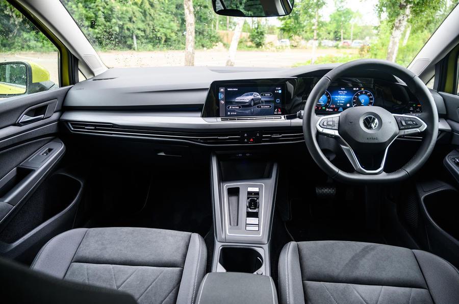 Volkswagen Golf 2020 road test review - dashboard